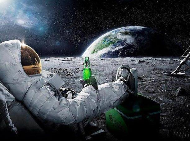 astronaut drinking miller lite beer - photo #22