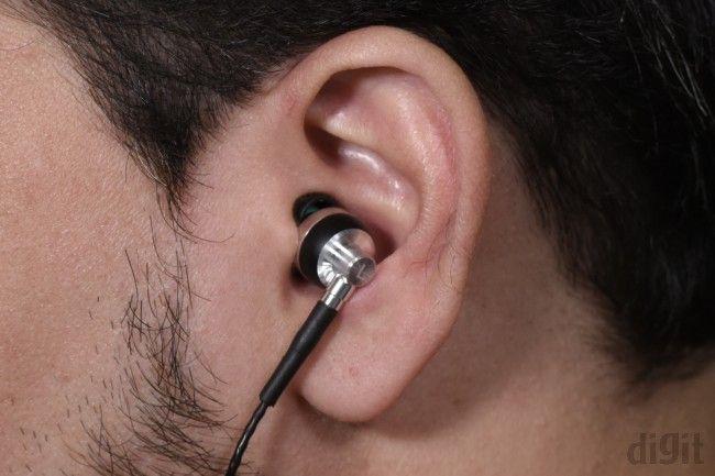 brainwavz M2 ear