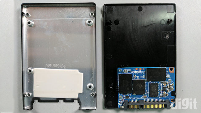 WD Blue SSD 250 GB Review Western Digital Disassembled