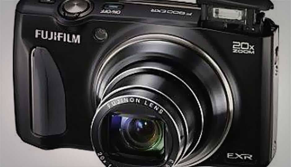 Fujifilm launches five new FinePix series cameras, including flagship F900EXR