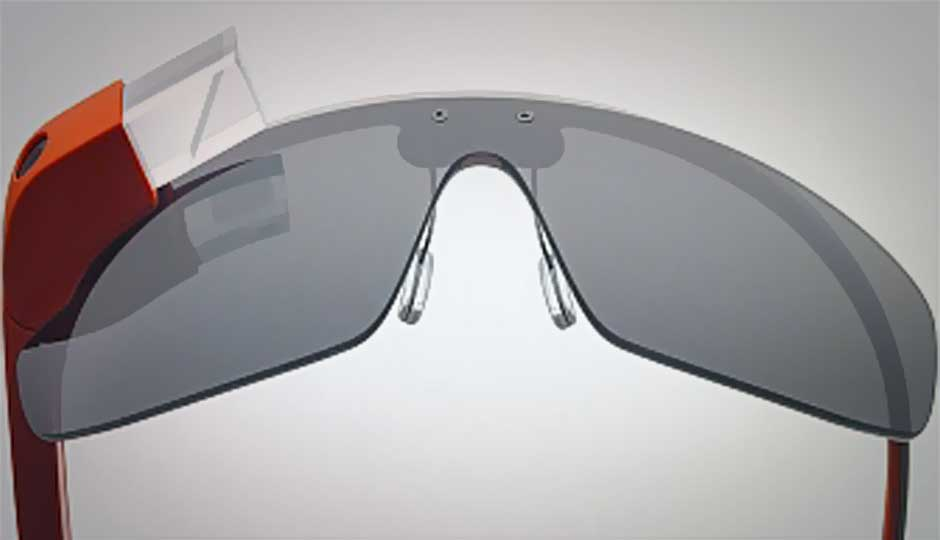 Hacker uses Google Glass to control flying drone
