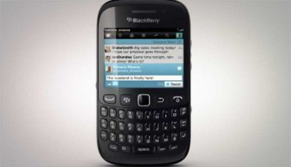 RIM launches BlackBerry Curve 9220 in India at Rs. 10,990