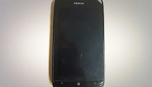 Leaked image of Nokia Lumia 719 surfaces online