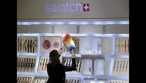 Swatch Touch to integrate fitness tracking capabilities by 2015