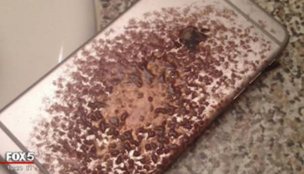 """iPhone 6 Plus sets """"sparks and flames"""" on man's bed in USA"""