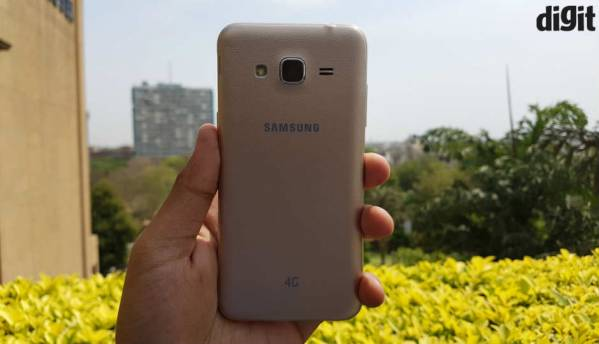 Samsung Galaxy J3: In pictures