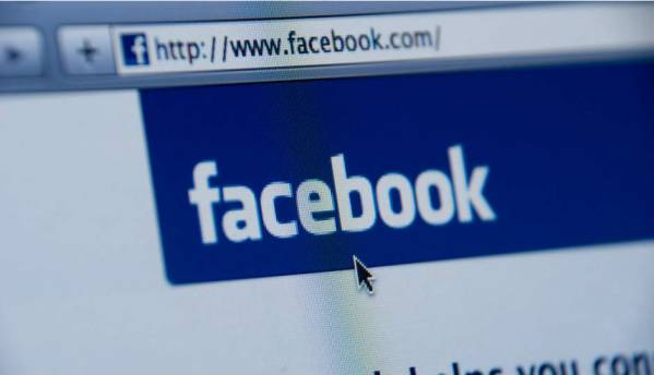 Facebook to launch tools to flag fake news stories in Germany
