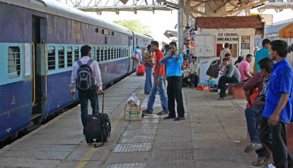 Facebook, RailTel to provide Wi-Fi services at railway stations: Report