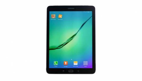 "BlackBerry, Samsung partner to create a ""spy-proof"" tablet"