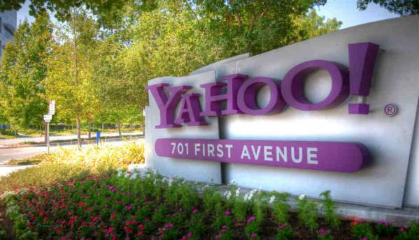 Yahoo Mail rolls out a redesigned interface and introduces Yahoo Mail Pro