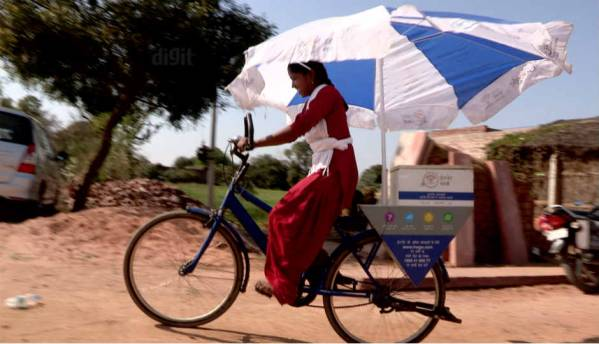 Google Internet Saathi: Bridging India's Internet gender gap, one woman at a time