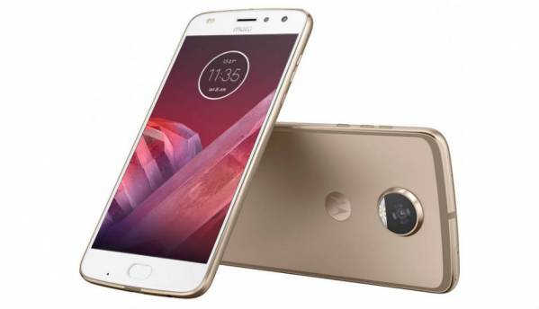 Moto Z2 Play specifications, price leaked via retail listing