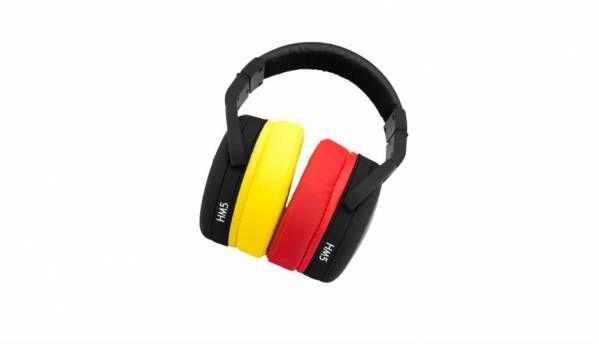 Brainwavz HM5 Studio monitor headphones launched at Rs. 7,444