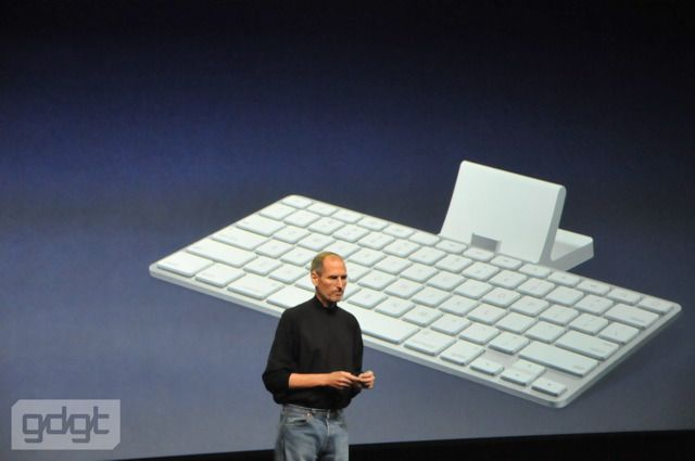 Accessories for the Apple iPad include this keyboard dock