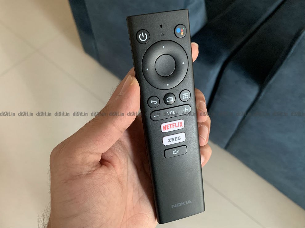 The Nokia Media Streamer comes with a compact, easy to use remote control.
