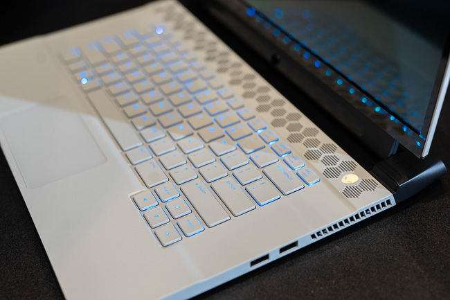 The all-new keyboard on the Alienware m15 R2 offers an excellent typing experience