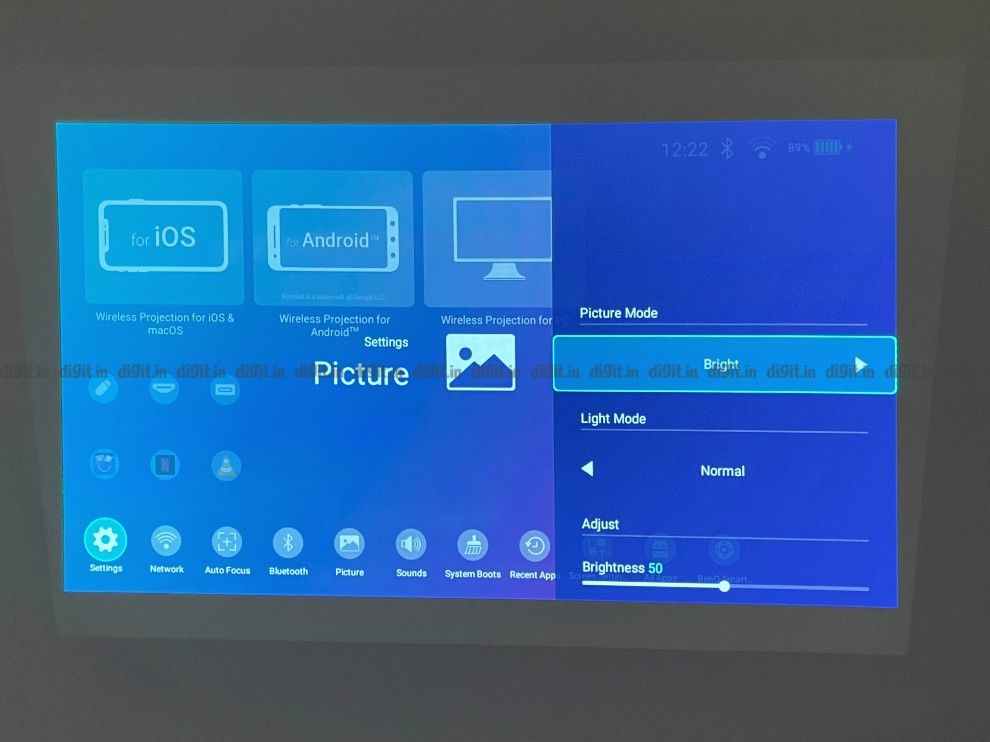 The BenQ projector has different picture modes.