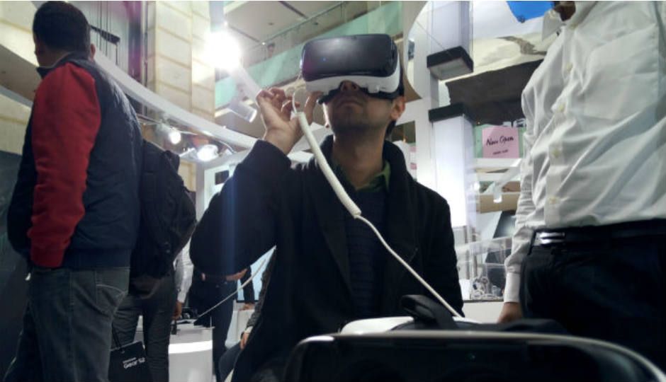 AR/VR headsets may not be required by 2030: IEEE survey