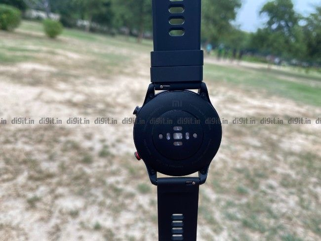 The Xiaomi Mi Revolve Active offers a whole bunch of activity tracking to choose from