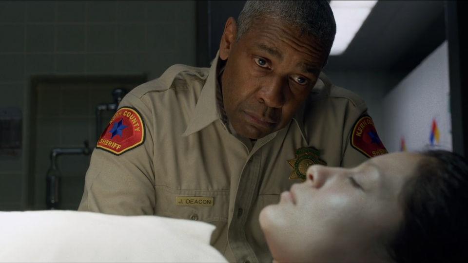 All the little things Denzel Washington Sheriff Deacon