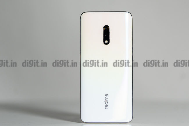 Realme X has a nice finish to the back