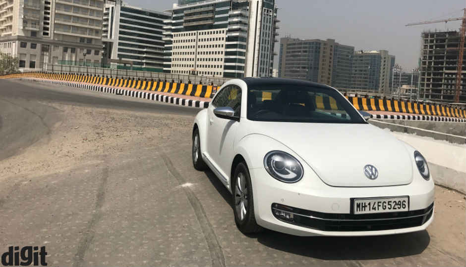 volkswagen beetle review the iconic design gets young. Black Bedroom Furniture Sets. Home Design Ideas