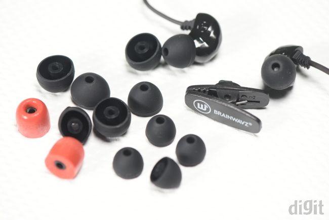 Brainwavz B100 earbuds