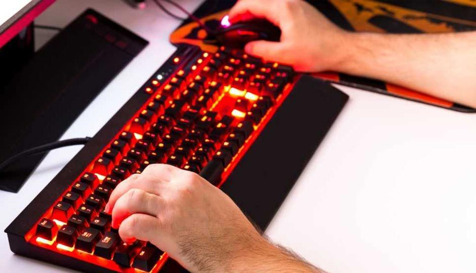 Slide 1 - How to master macros for your gaming keyboard and