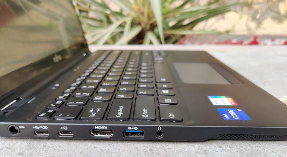 FUJITSU UH-X 2-in-1 convertible laptop review price specs details features