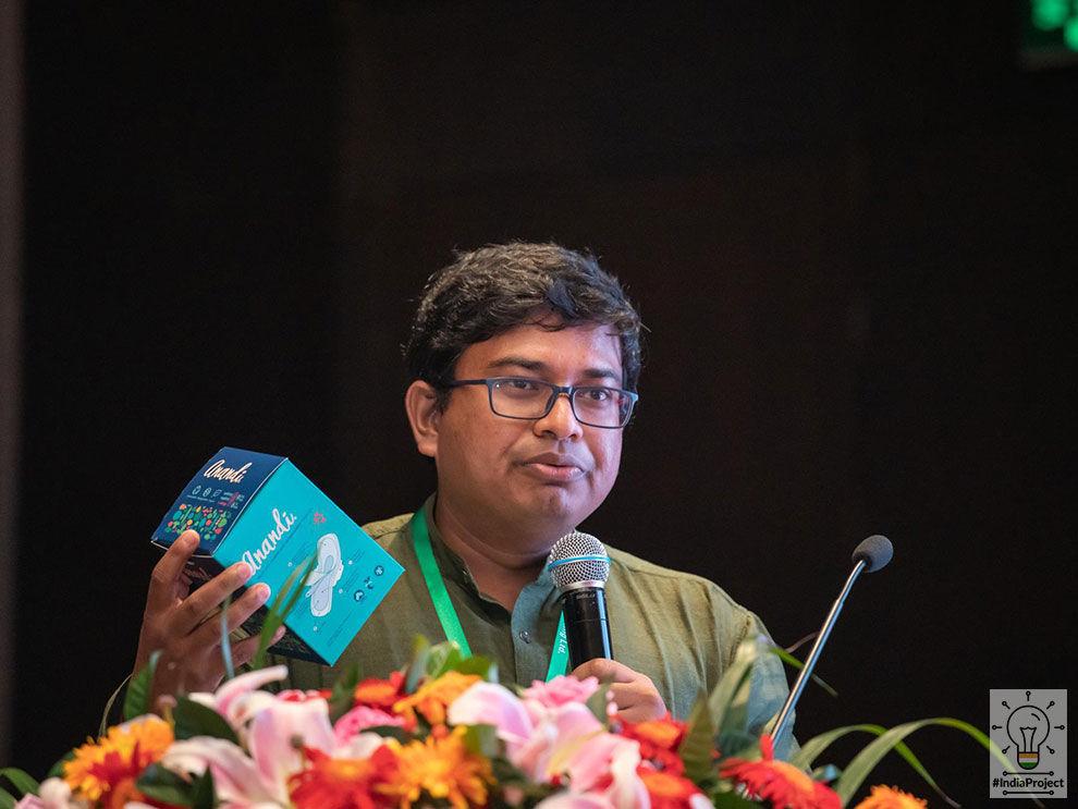 aakar,aakar innovations,nexus,indiaproject,anandi,biodegradable compostible menstrual pads