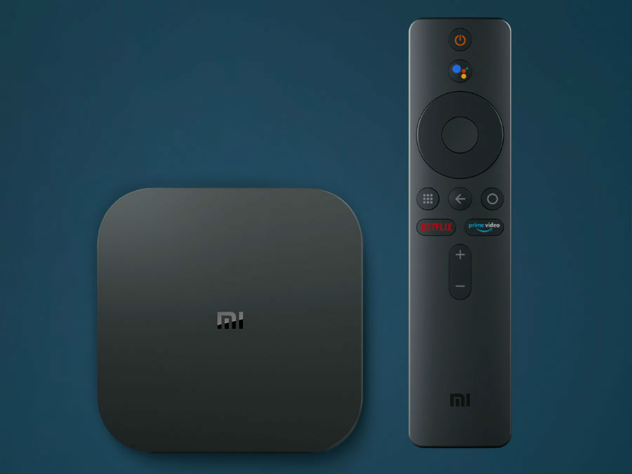 The Mi Box 4K has a simple design and a minimalist remote control.