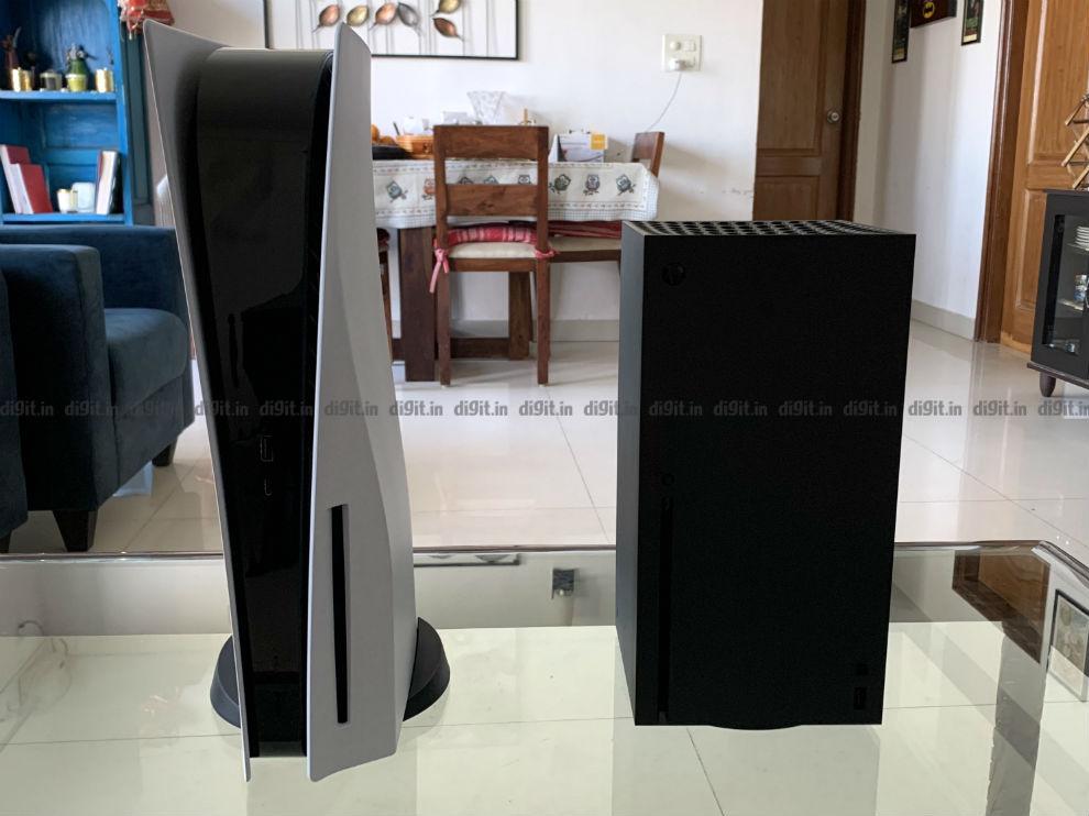 Ps5 vs Xbox Series X vertical.