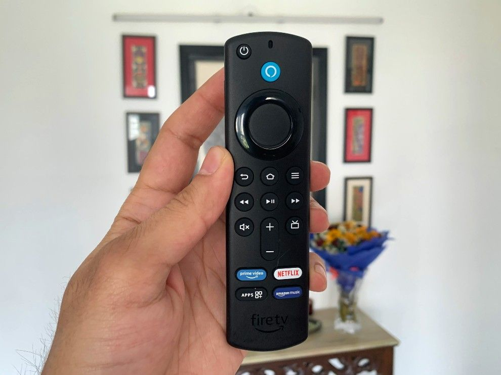 The Fire TV Cube comes with the all new Fire TV remote control.