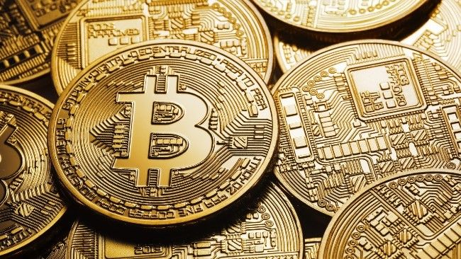 Bitcoin Wallet wakes up after 9 Years to show how it's value went from Rs. 6 Lakhs to Rs. 216 Crores