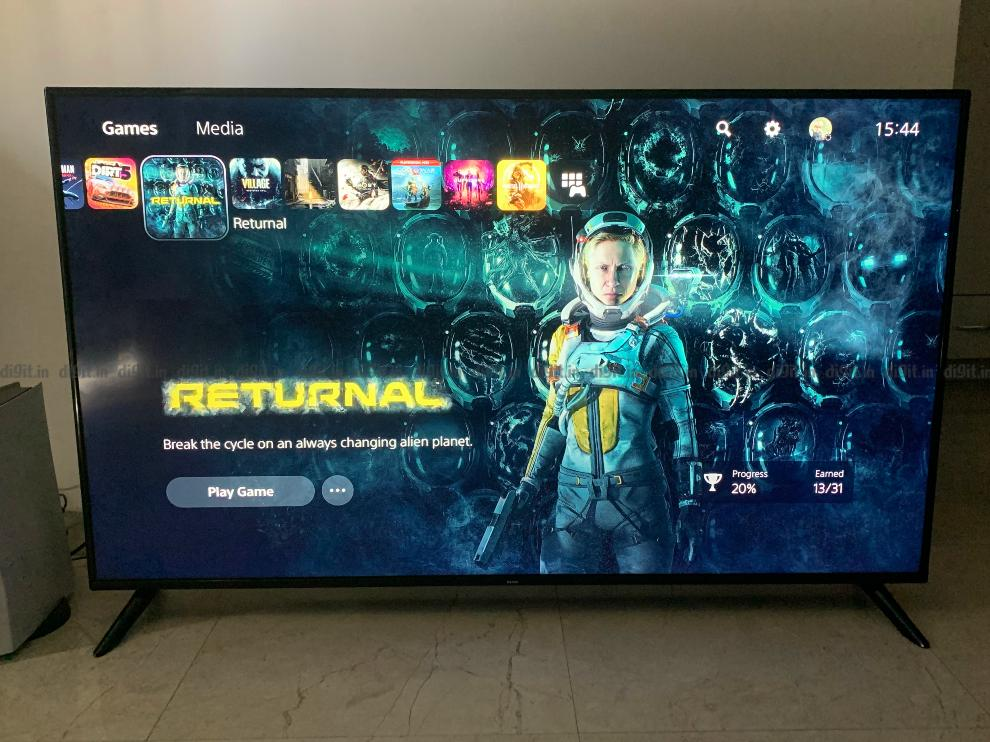 PS5 gaming on the Redmi Smart TV.