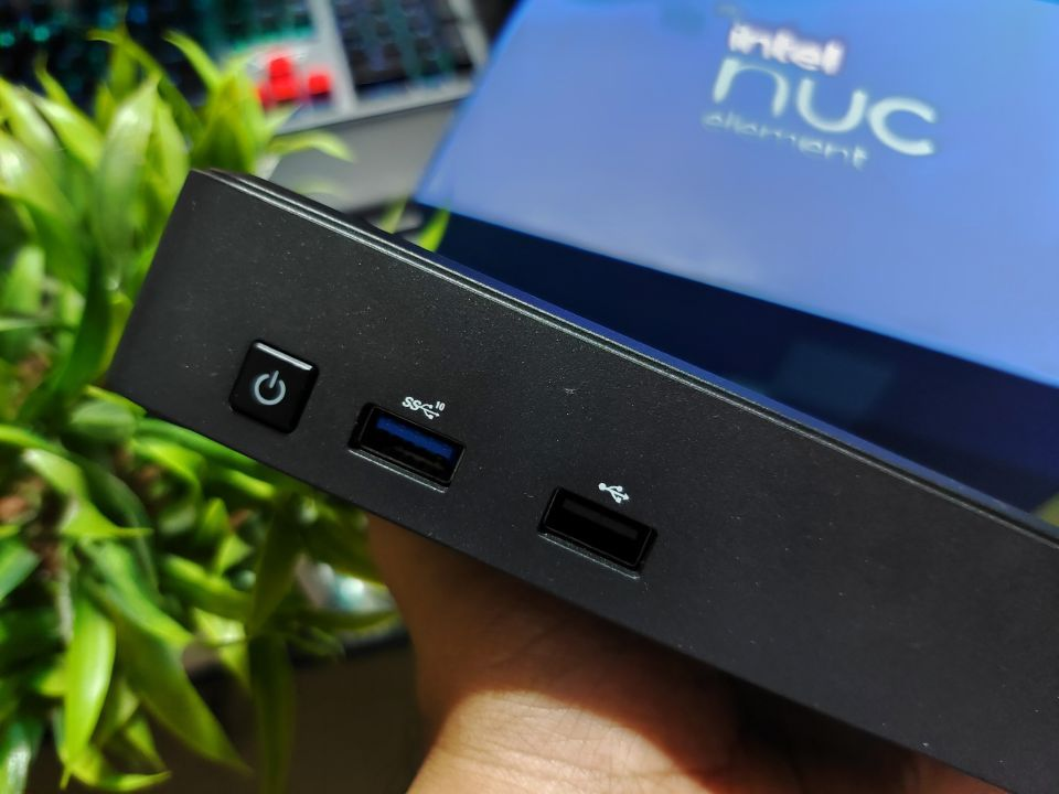 Intel NUC Pro Chassis Element