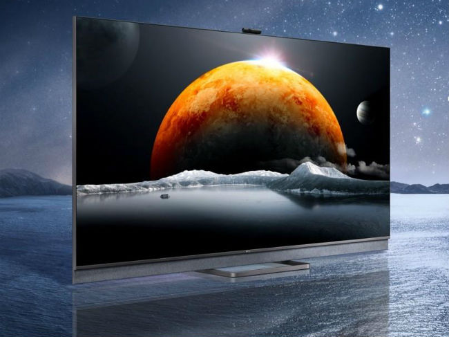 TCL C825 QLED TV will come with Mini LED backlighting.