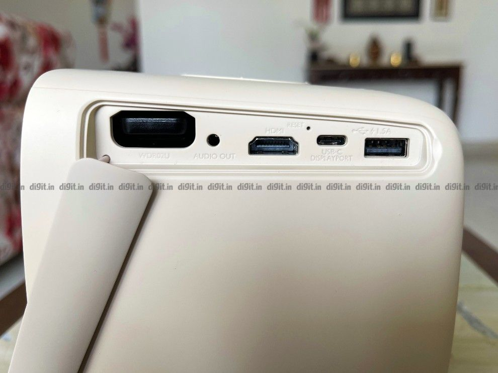 All the connectivity options are on the side of the projector.