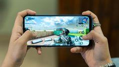 दो नए बजट फोंस में स्पेक्स की तुलना: Moto G8 Power Lite Vs Realme Narzo 10A