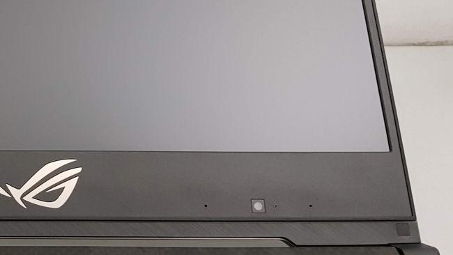 ASUS ROG STRIX SCAR II GL504