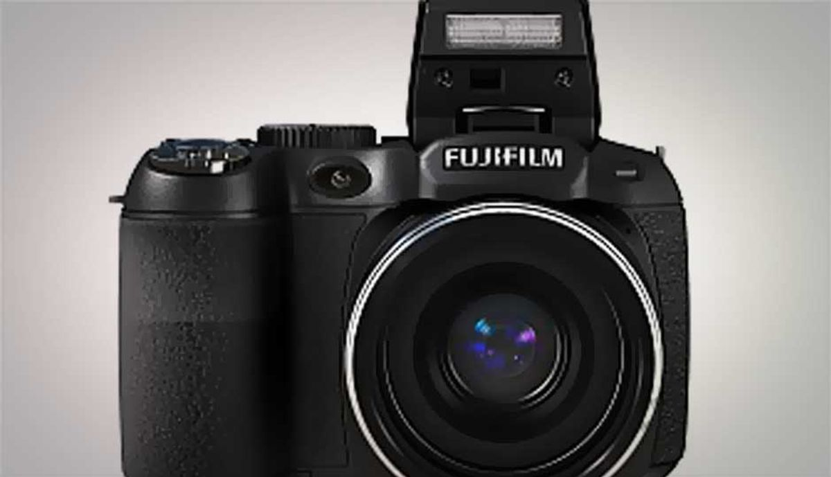 14MP Fujifilm FinePix S2950 launched in India, at Rs  10,999