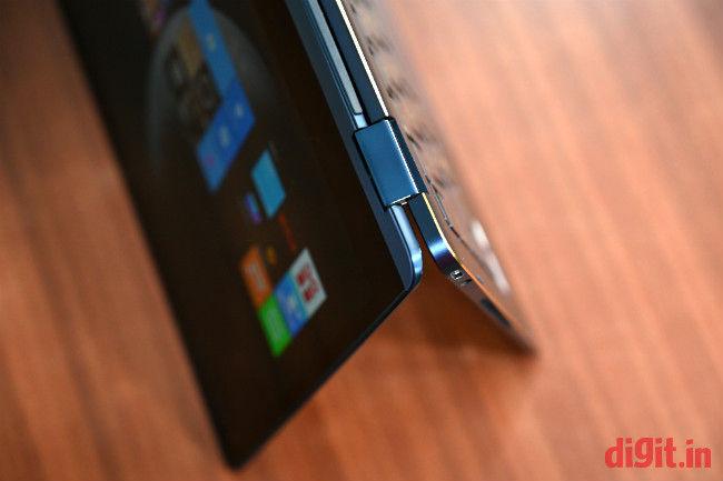 Mobile Complaints and Reviews: Asus ZenBook Flip S