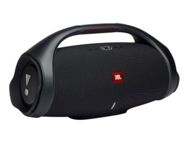 The JBL Boombox 2 has a 10,000mAh battery.