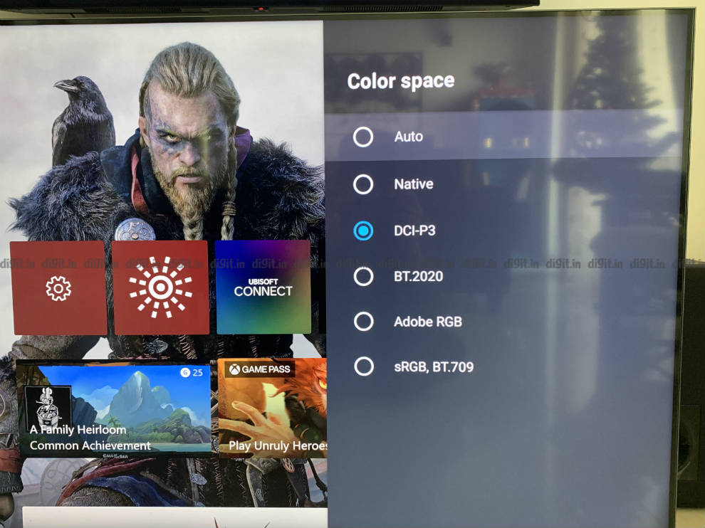 Control more than the basic picture settings on the Mi QLED TV 4K.