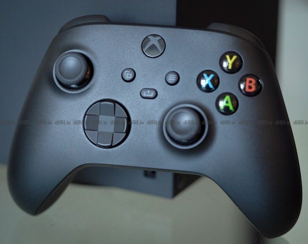 Xbox Series X controller side view