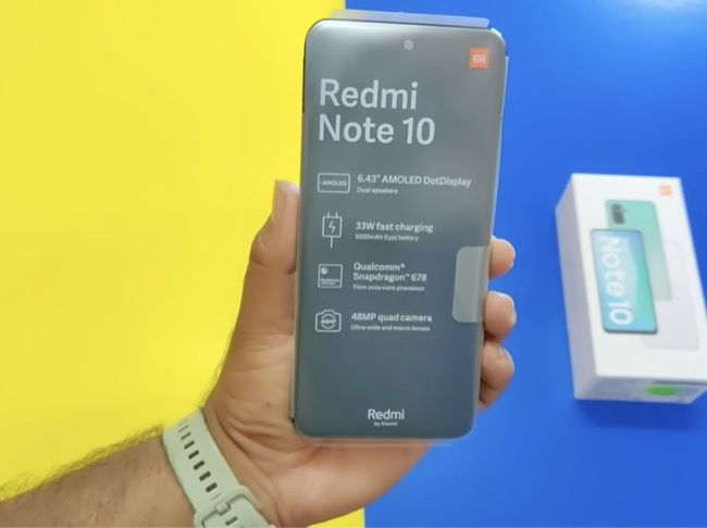 Redmi Note 10 has quad cameras on the back headlined by a 48MP primary camera