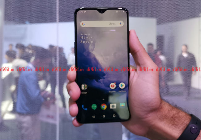 oneplus 7, oneplus 7 first impressions, oneplus 7 front, oneplus 7 front camera