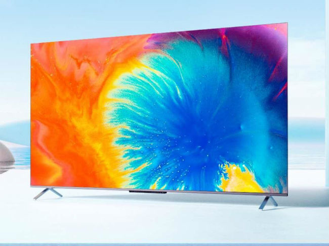 TCL C725 is a QLED TV with support for 4K and HDR.