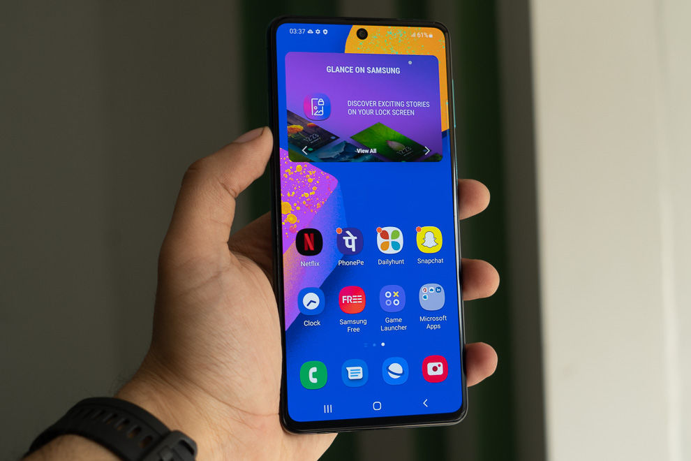 The Samsung Galaxy F62 features a 6.7-inch super AMOLED display, but no HDR certification