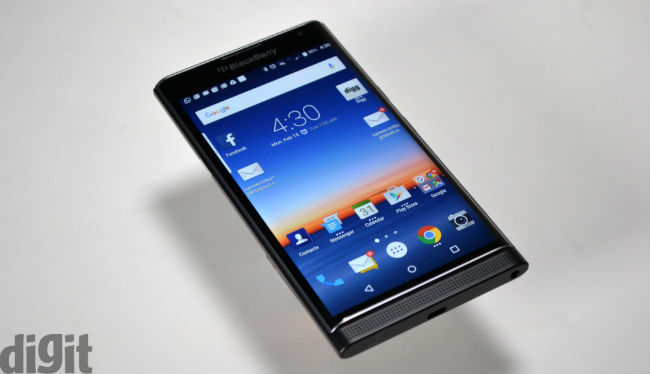 BlackBerry Priv facing global sales slump, with BB users